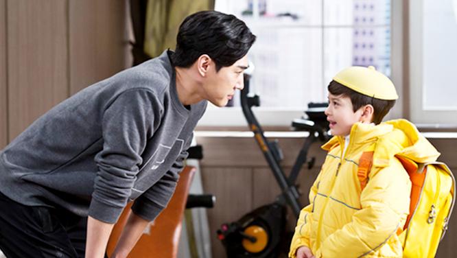 [포토] 레오, 미래의 아빠(?) 왕소금씨와 은근~한 케미