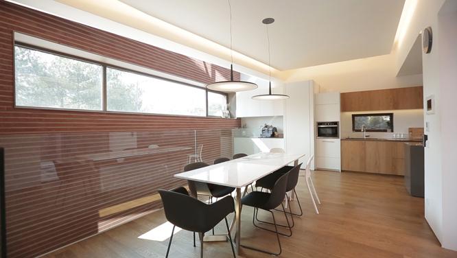 통유리벽부터 LED조명까지, 집안 곳곳이 빛나는 '빛을 머금은 하우스' 특집! 썸네일 이미지