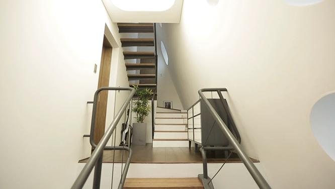 부동산 투자로 돈을 벌 수 있다! '하.우.스 연구소'가 공개하는 노후 대비를 위한 수익형 하우스 썸네일 이미지