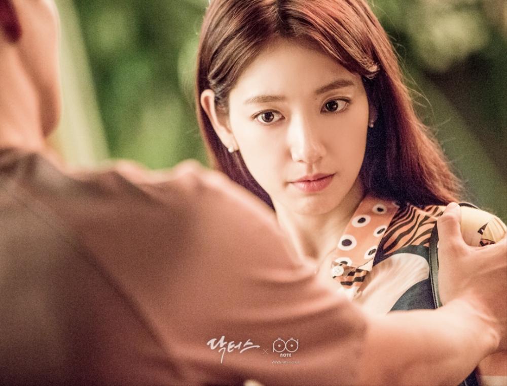 닥터스케치 7 김래원 앞에 있으니 더 예뻐 보이는 박신혜의 클로즈업 이미지