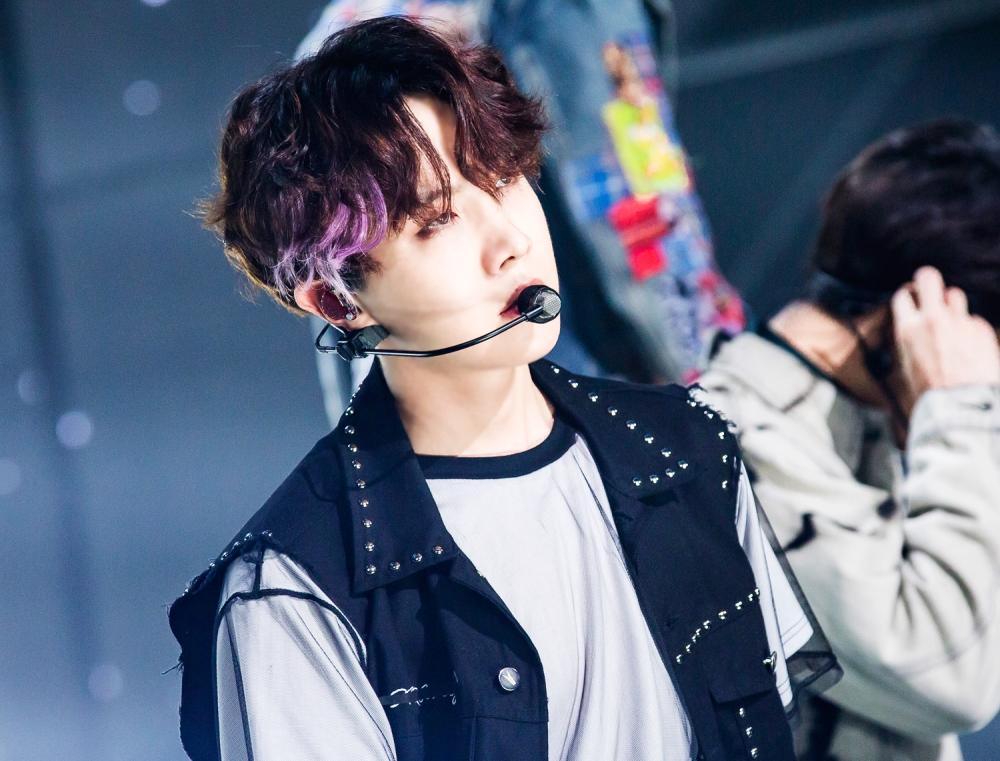 방탄소년단의 미공개 베스트 컷이 있다.