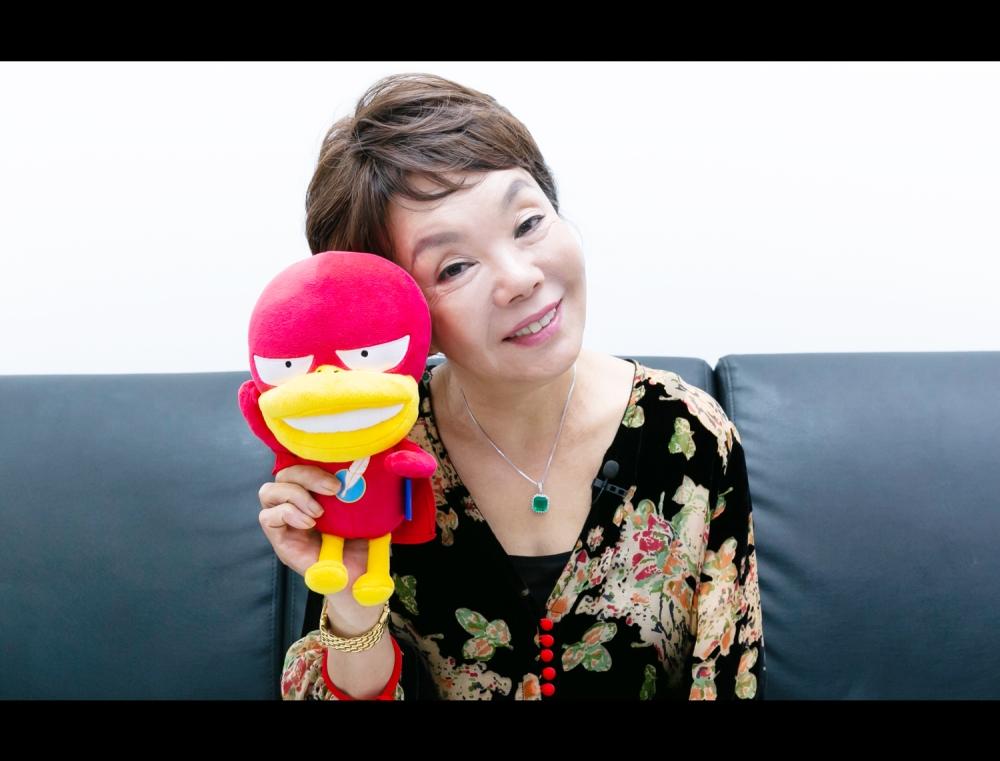 스튜디오를 뒤집어놓은 원조 센 언니의 등장! 스페셜 MC 김수미