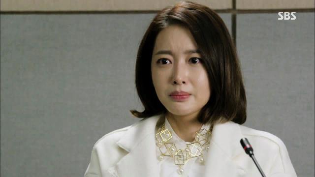 왕지혜, 기자회견에서 정겨운 불륜 폭로 썸네일 이미지