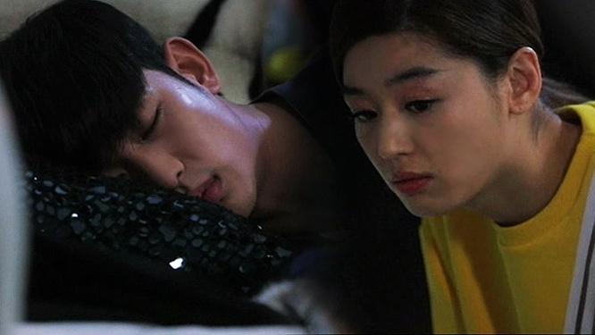 김수현, 도민준, 전지현