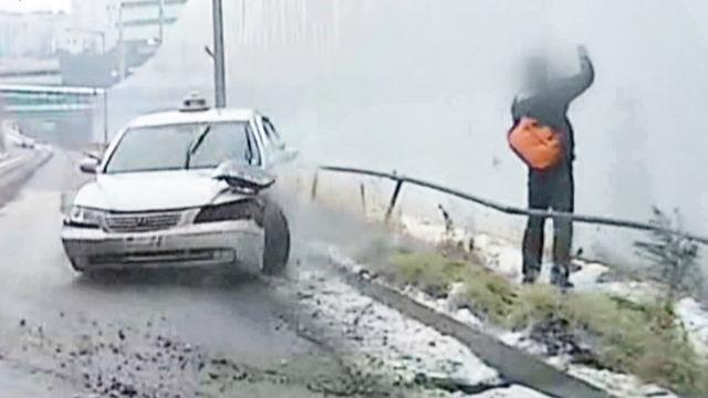 한 겨울, 운전자들의 저승사자 '블랙 아이스!'