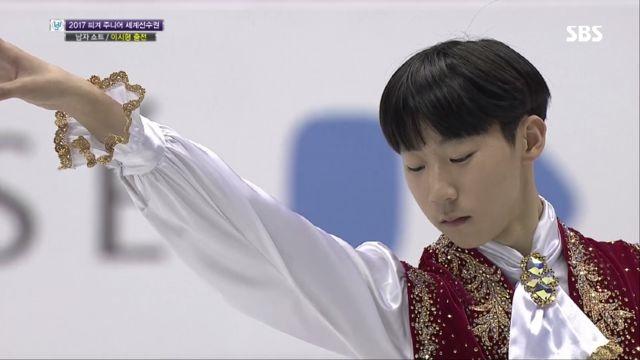 [피겨 주니어 세계선수권] 남자 쇼트, 이시형 깔끔한 ... 썸네일 이미지