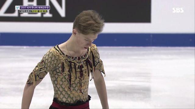 [피겨 주니어 세계선수권] 남자 쇼트, 러시아 알렌산더... 썸네일 이미지