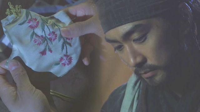 송승헌, 이영애 마지막 선물에 '아련한 눈빛' 썸네일 이미지