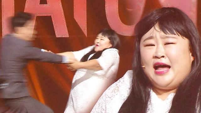 홍윤화, 춤 가르쳐주는 황현희 내동댕이!(아가씨를지켜라... 썸네일 이미지