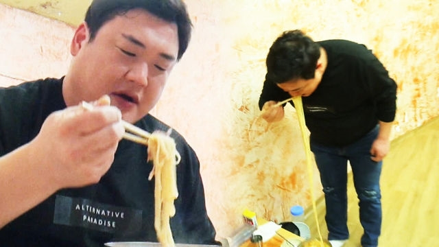 김준현, 2m 짬뽕에 역대급 면치기 '기립한 이유'