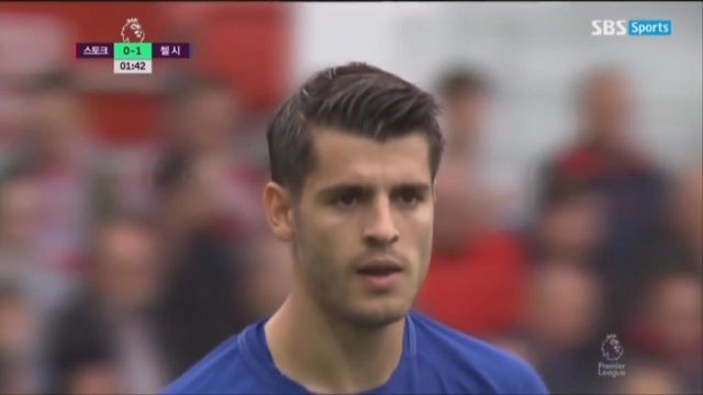 [스토크 vs 첼시] '머리가 아닌 발로' 선제골을 만... 썸네일 이미지