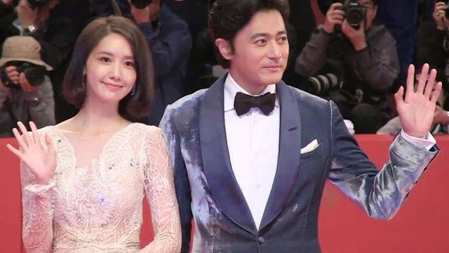 '부산국제영화제'의 화려한 개막 썸네일 이미지