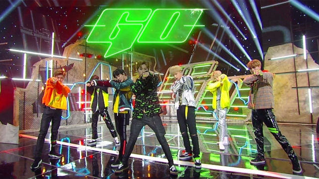 패기 넘치는 'NCT DREAM'의 파워풀한 무대 'G... 썸네일 이미지