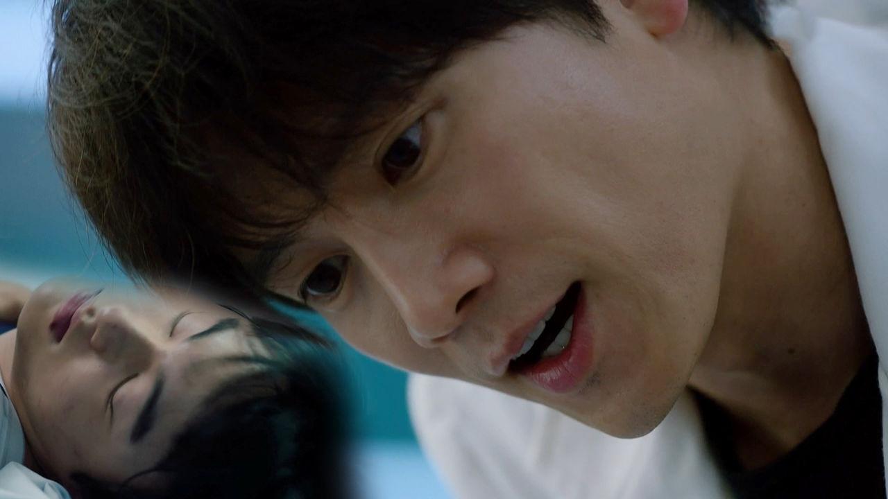 """""""기석아!!"""" 지성, 실려온 무통각증 환자 윤찬영에 '절실한 눈빛' 썸네일"""