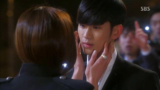 김수현-전지현, 진한 키스와 함께 재회 (별에서 온 그... 썸네일 이미지